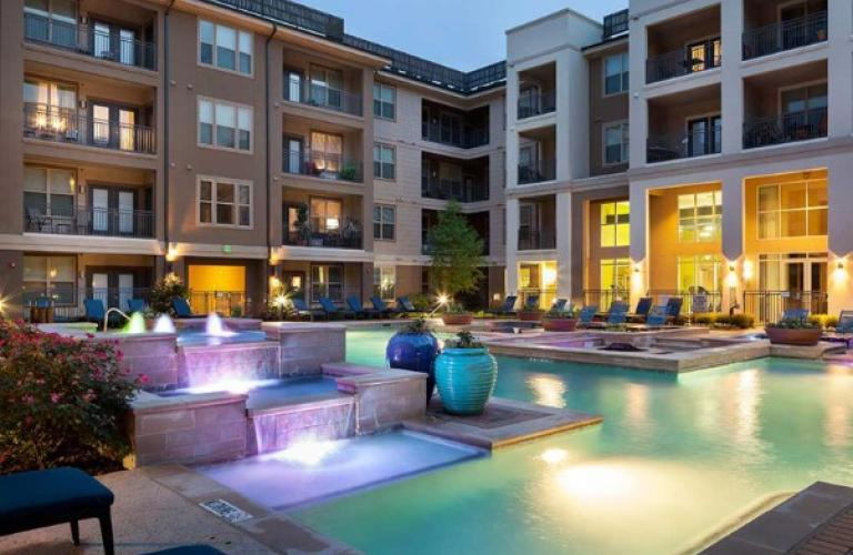 Amli on maple dallas tx for 3 bedroom apartments in houston medical center